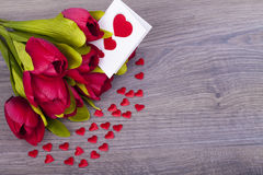 Tulipas e corações bonitos Imagens de Stock Royalty Free