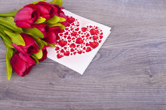 Tulipas e corações bonitos Foto de Stock Royalty Free