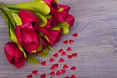Tulipas e corações bonitos Imagens de Stock