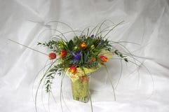Tulips e íris fotos de stock royalty free