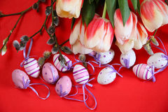 Tulips and eggs - eastertime Stock Photos