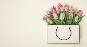Tulips in shopping bag Royalty Free Stock Photography