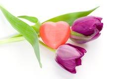 Tulpen en hart Stock Afbeelding