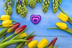 Tulpen und Hyazinthen Stockfotografie