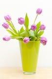 Tulpen in Vaas Stock Fotografie