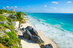 Tulum废墟-在Penisula尤加坦的海滩在墨西哥 库存照片