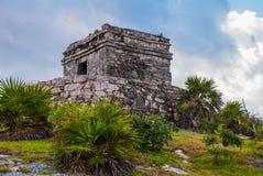 Tulum,里维埃拉玛雅人,尤加坦,墨西哥:被毁坏的古老玛雅城市的废墟 免版税图库摄影