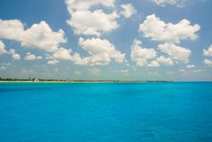 Tulum от моря стоковые фотографии rf