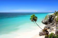 海滩坎昆在里维埃拉tulum附近的玛雅墨&#351 库存图片