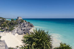 Tulum beach, Mayan ruins in front of the caribbean sea Royalty Free Stock Photography
