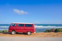Tulum karibisk strand med skåpbilRiviera Maya arkivbild
