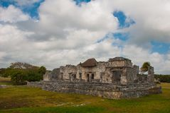 Tulum, Riviera Maya, Yucatan, Mexico: Majestic ruins in Tulum.Tulum is a resort town on Mexicos Caribbean coast.  Stock Photo