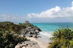 Tulum and the sea Royalty Free Stock Images