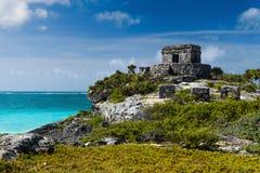 Tulumruïnes door de Caraïbische Zee Stock Afbeelding