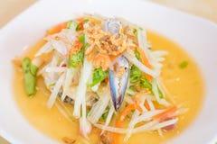 Tum Poo (ensalada del som de la papaya con el cangrejo) Imagenes de archivo