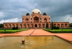 Tumba de Humayun en Nueva Deli, la India imagen de archivo libre de regalías