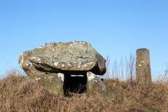 Tumba de piedra antigua en Dinamarca Foto de archivo libre de regalías