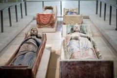 Tumba de Richard el Lionheart y la Isabel de Angulema en la abadía de Fontevraud Imagen de archivo libre de regalías