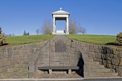 Tumba del cementerio Fotos de archivo libres de regalías