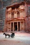 Tumba en el Petra Imágenes de archivo libres de regalías