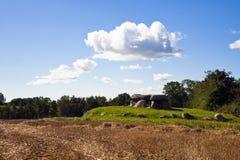 Tumba megalítica antigua Imagen de archivo libre de regalías