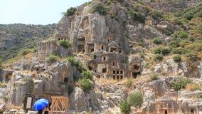 tumbas del Roca-corte de la necrópolis antigua de Lycian. Myra, Demre, Turquía metrajes