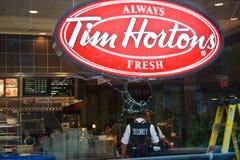 Tumulti di protesta del Tim Hortons Toront G8/G20 immagini stock libere da diritti