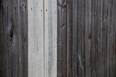Tun Sie es sich natürlicher Bretterzaun Stockfotografie