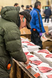 Tuna Buyers nel mercato di Tsukiji Fotografie Stock