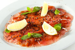 Tuna Carpaccio Stockbild