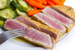 Tuna fillet with vegetables Royalty Free Stock Photos