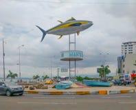 Tuna Monument dans le Manta, Equateur Image libre de droits