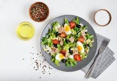 Tuna Salad Cabbage Arugula Oil Pepper Tomatoes Cherry Eggs royalty free stock photos
