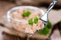 Tuna Salad på en gaffel Arkivbilder
