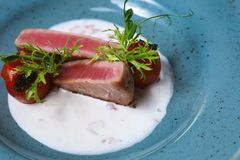 Tuna Steak imágenes de archivo libres de regalías