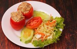 Tuna in tomatoe salad Stock Photos