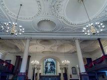 TUNBRIDGE-BRUNNAR, KENT/UK - JANUARI 5: Inre av församlingen Ch Arkivbilder