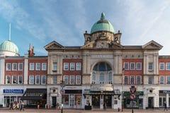 TUNBRIDGE studnie, KENT/UK - STYCZEŃ 4: Widok opera w Królewskim Tunbridge Podchodzić w górę Kent Styczeń 4, 2019 Niezidentyfikow obrazy royalty free