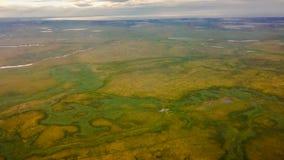 tundra Mening van de helikopter van een hoogte stock foto's
