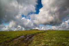 Tundra nel parco naturale di Klyuchevskoy fotografie stock