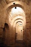 Tunel in einer Krypta Lizenzfreie Stockfotos