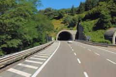 Tunel i autostrada Mediolan, Savona -, Włochy Fotografia Royalty Free