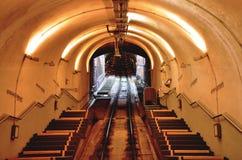 Tunel montain pociąg fotografia stock