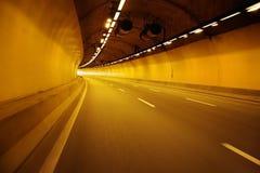 Tunel przy nocą obrazy royalty free