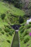 Tunel rozładowanie laguna Siedem miast w Azores fotografia royalty free