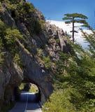 Tunel w skałach Zdjęcia Stock