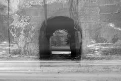 Tunel z chodzeń światłami Zdjęcia Stock