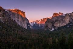 Tunelowy widok w Yosemite zdjęcie royalty free