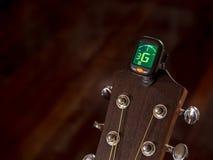 Tuner für Gitarre, G-Ton, dritte Schnur, Stockbilder