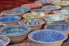 Tunesische keramiek voor verkoop op een markt in Frankfurt, Duitsland royalty-vrije stock foto